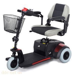 电动代步车残疾人电动轮椅