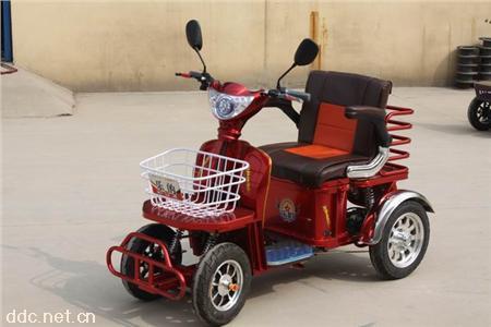 老年休闲电动三轮车