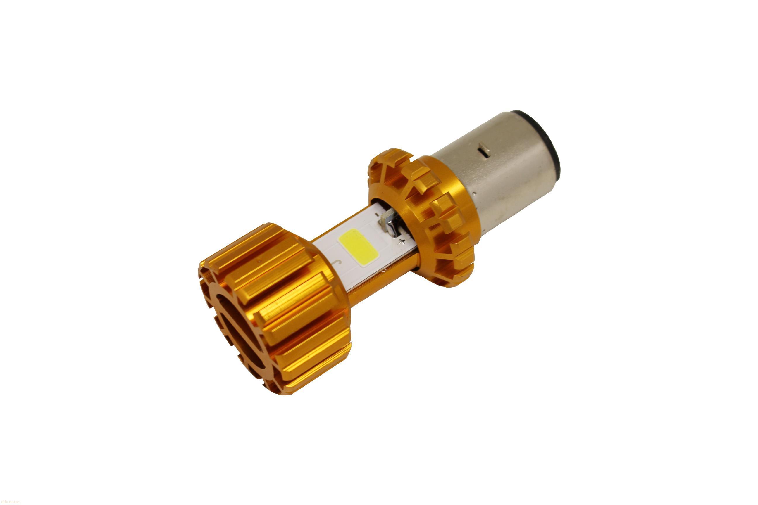 双面宽散热设计LED车灯