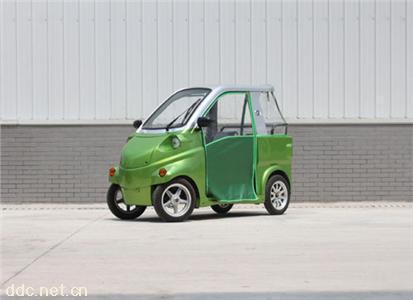 兩座四輪電動代步車