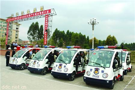朗旭5座电动巡逻车