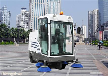 自卸式电动扫地机