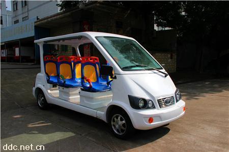 公交座椅6/8座电动四轮巡逻车