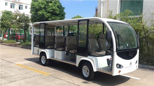性能级电动观光车