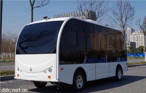 利凯8座电动观光车带冷暖空调