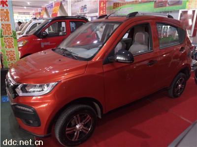 纯电动SUV款电动汽车