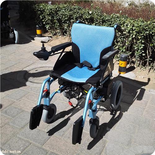 台湾美利驰p108-1便携式电动轮椅折叠残疾人电动代步车图片