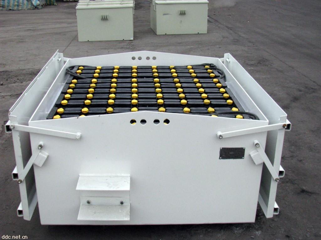 龙工叉车蓄电池