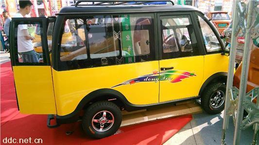 电动面包车