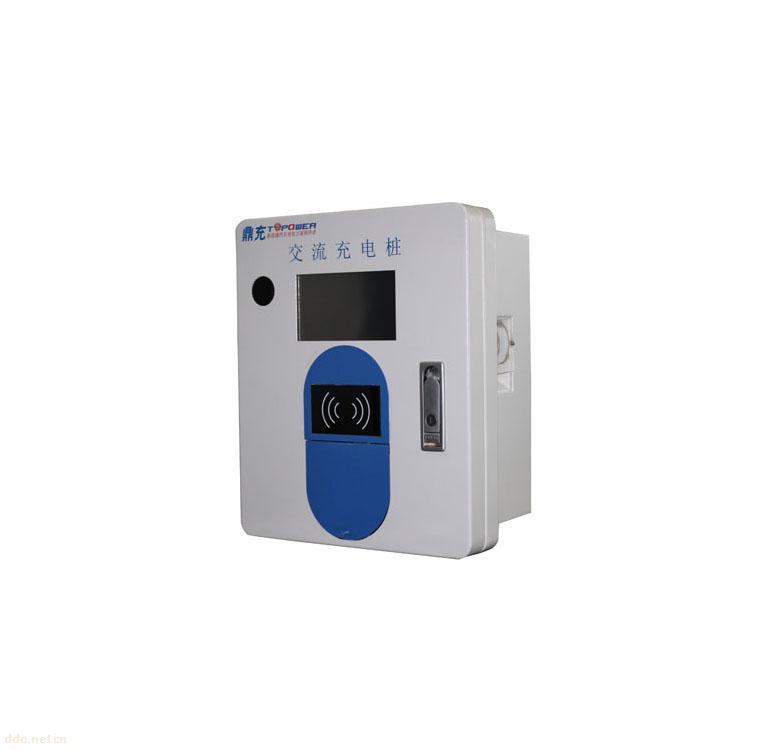 TN-QCJ01-220-智能壁挂式单充充电桩