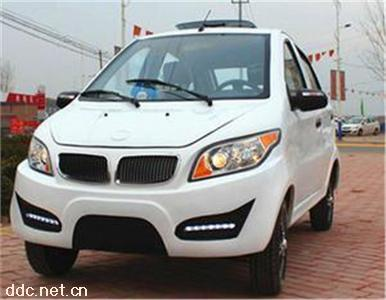 宝马X6电动轿车