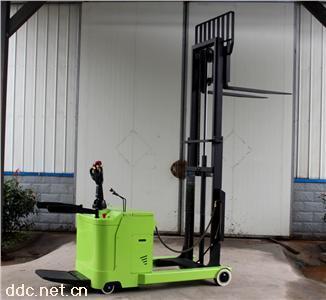 宇锋前移式叉车/小前移24v/电动堆高车/1吨1.5吨2吨