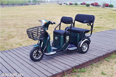信步新款BS-518三轮休闲电动老年代步车三人座500w电机