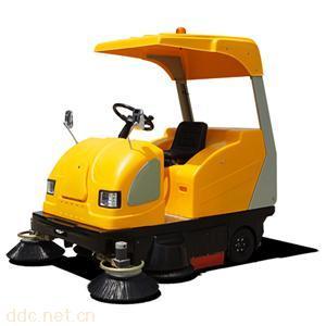 供应驾驶式电动扫地机价格,电动洗地机价格,厂家直销