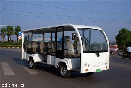 11座白色二手电动观光车