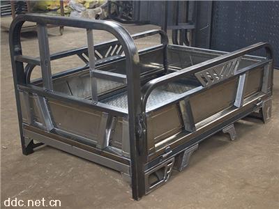 天津电动三轮车车架厂