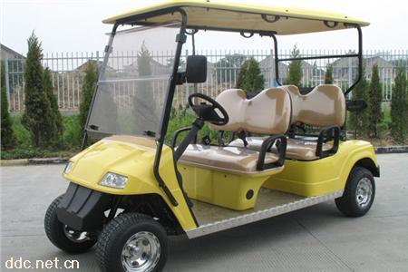 四座电动高尔夫球车