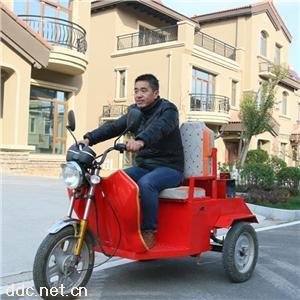 科耐尔挂桶式保洁电动三轮车