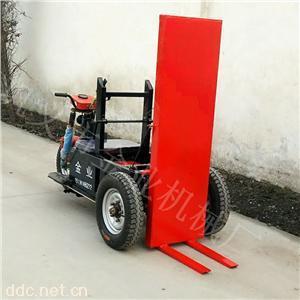 厂家新推出砖厂用电动拉砖车工作更省力效率更高