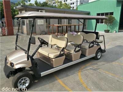 6+2电动高尔夫车