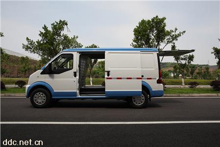 电动面包车新能源瑞驰EC35II