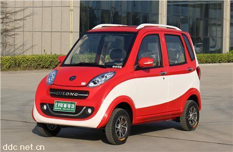 四轮小型电动汽车