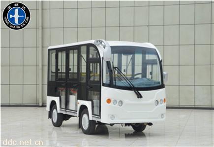 8座封闭式白色观光车
