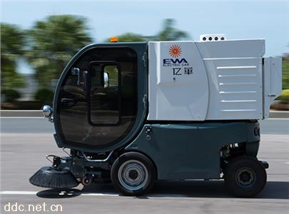 小型电动扫地车