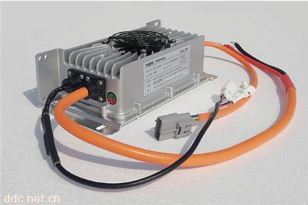 鹏图1200W系列车载式密封充电机