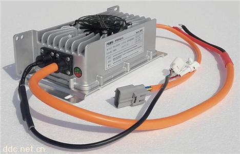 1300W系列车载式密封充电机