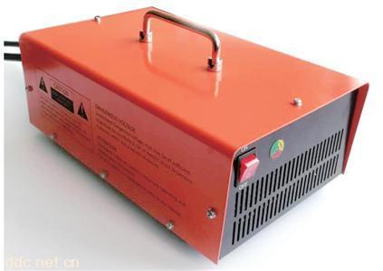 鹏图2000W系列车载式密封充电机