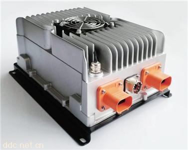 3300W系列車載式密封充電機