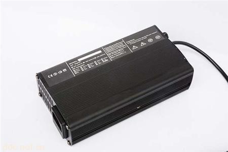 铅酸蓄电池充电器48V2.5A