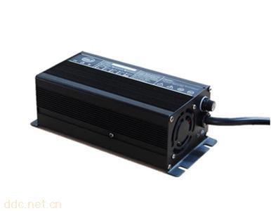 磷酸铁锂电池充电器60V5A
