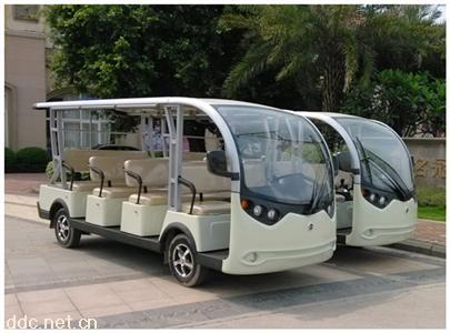 白色旅游电动观光车