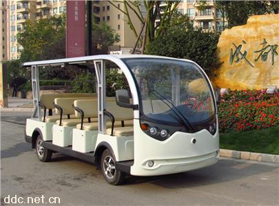 白色景区电动观光车