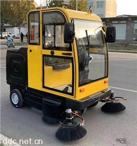 街道道路电动扫地车