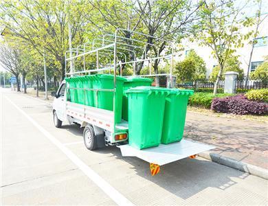 延龙牌纯电动桶装垃圾运输车