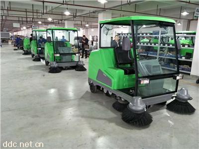 工厂公园工业园区专业全封闭电动扫地车