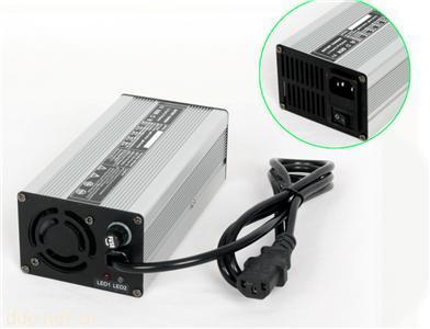 出口电动车充电器锂电池60V专用充电器