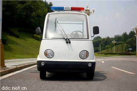 4座白色款物业治安车