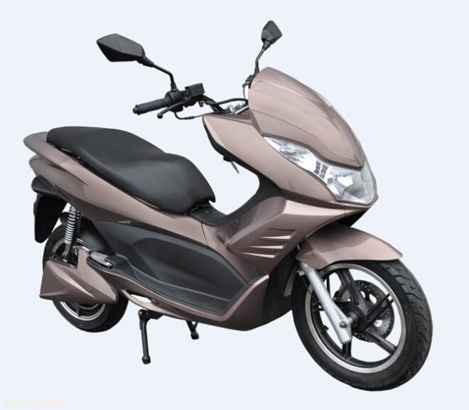 雅迪电动摩托车t6