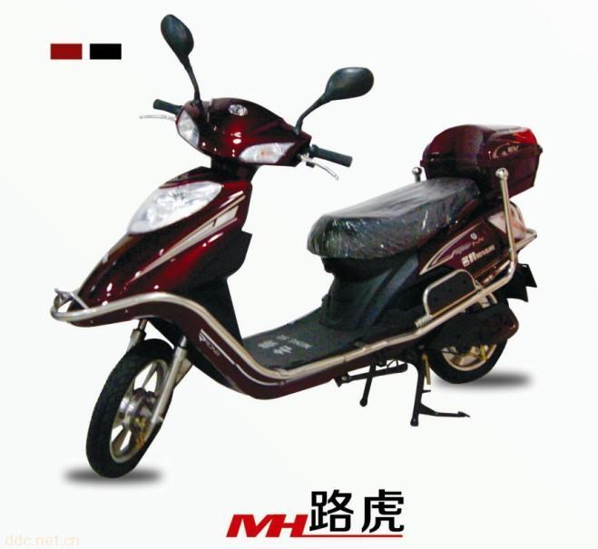 路虎豪华款电动摩托车