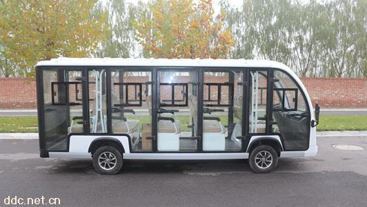 中菲11座白色电动观光车