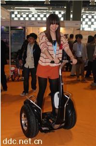成都奥捷骑越野智能平衡车