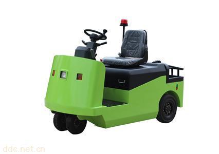 座駕式電動牽引車
