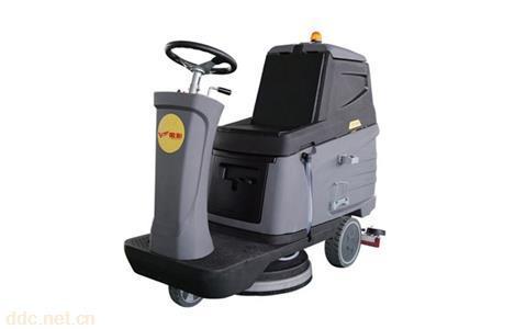 金彭E32座驾式洗地机清洁专用车