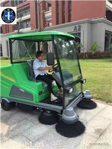 2020新款街道电动扫地车