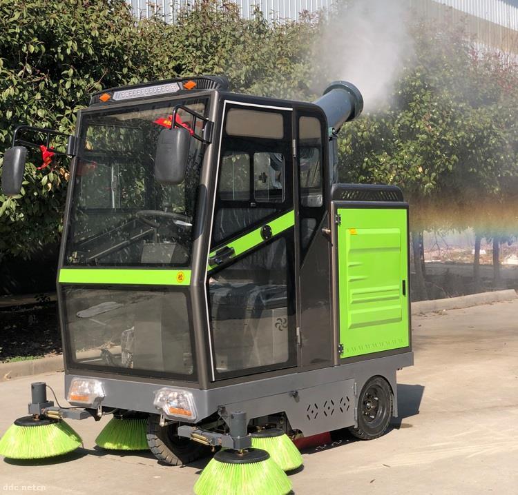 工业扫地车